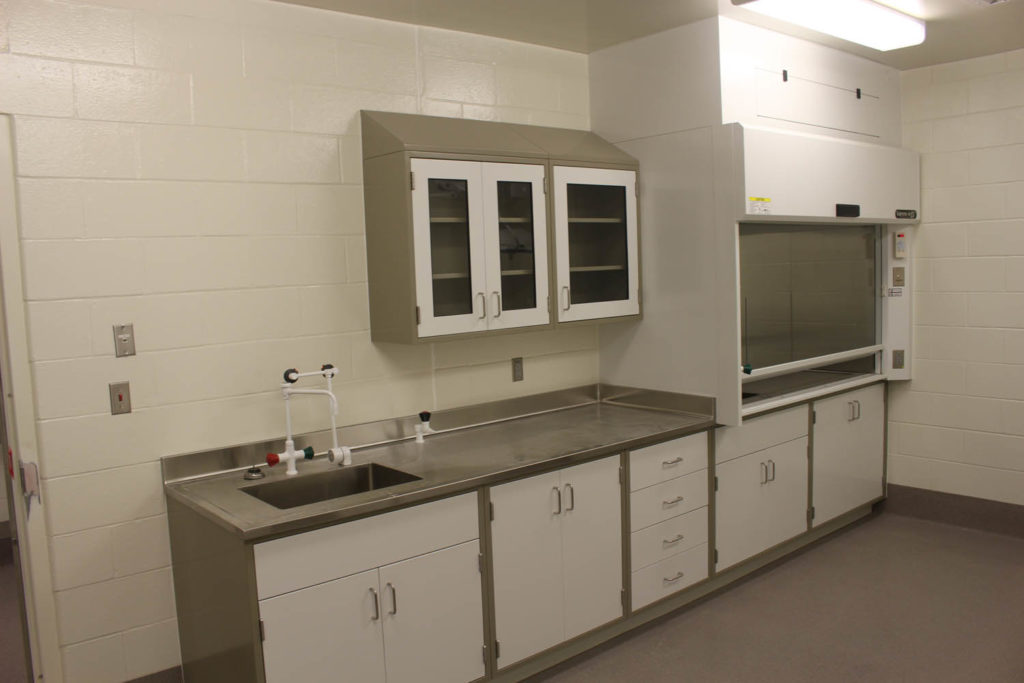 Fixed Steel Laboratory Casework with Stainless Steel Tops